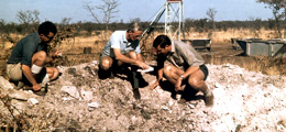 Dr Gavin Lamont (centre) and geologists Manfred Marx and Gim Gibson at Orapa's Discovery Pit in 1968